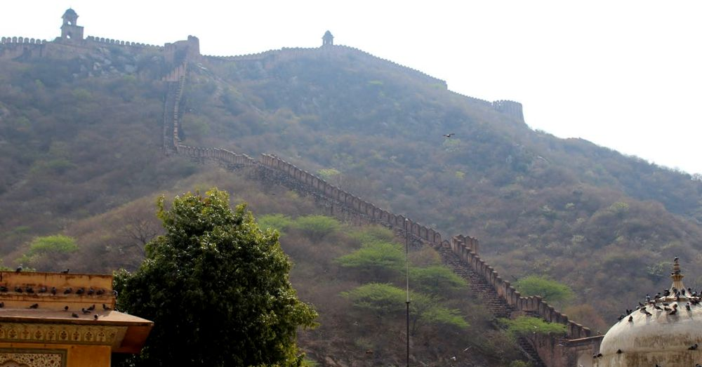 Amer city wall. Impressive sight, but no Great Wall of China.