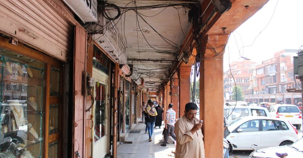 A look down Jaipur's market.