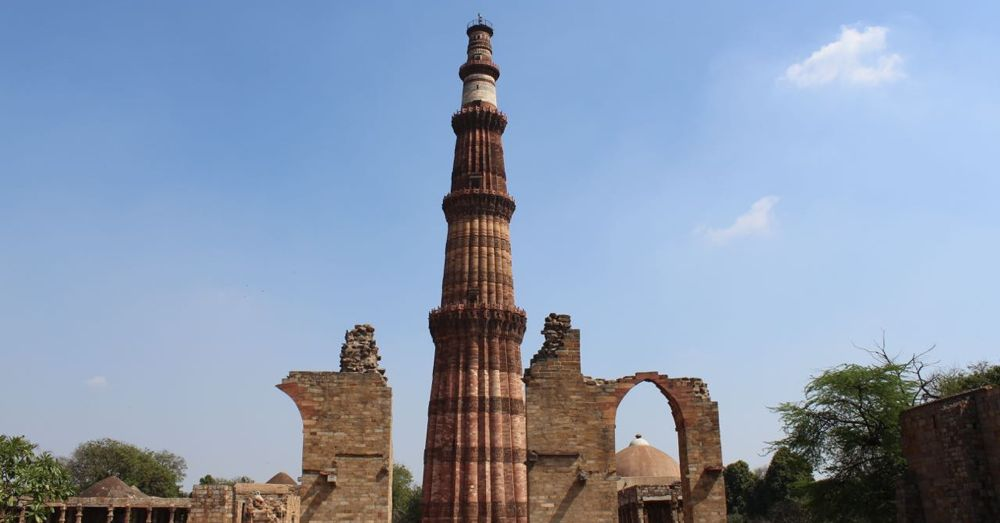 The world's tallest brick minaret.