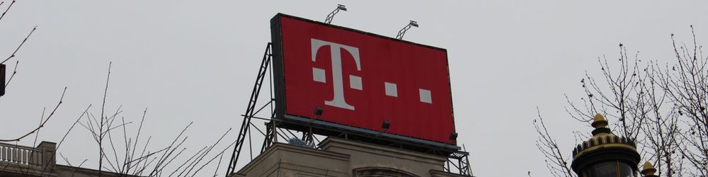 t-mobile-sign-brasov.jpg