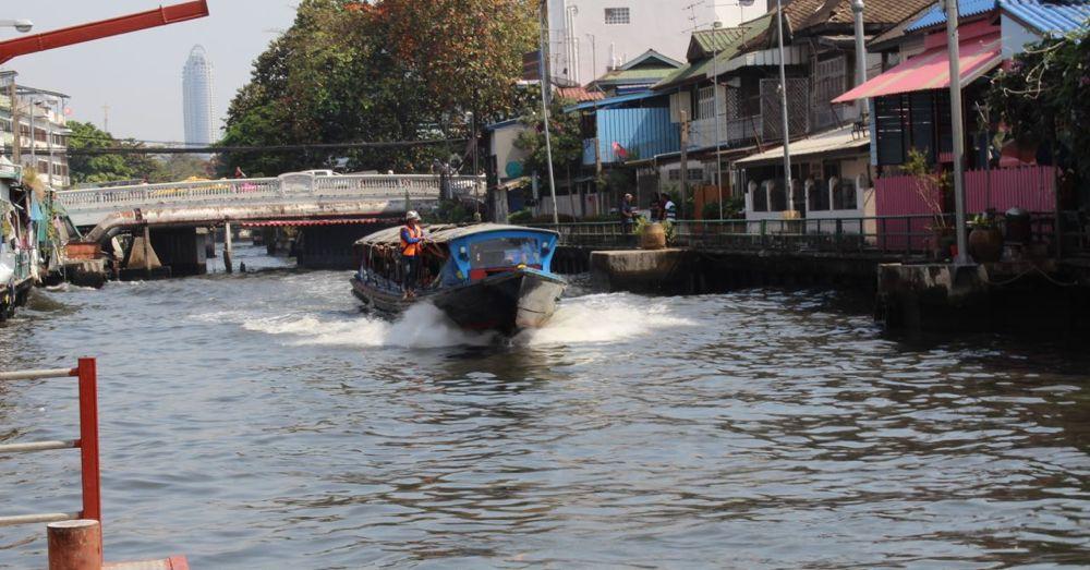 Khlong Saen Saep Express