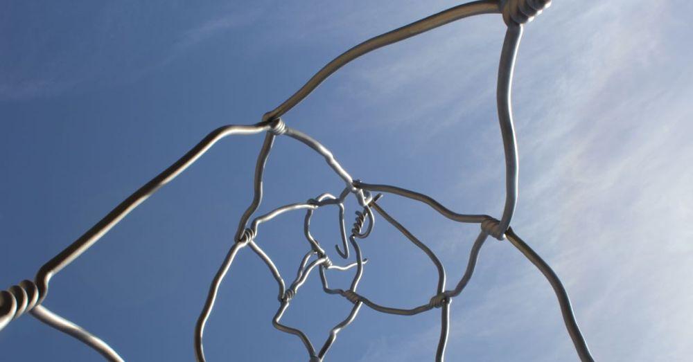 Castell sculpture.