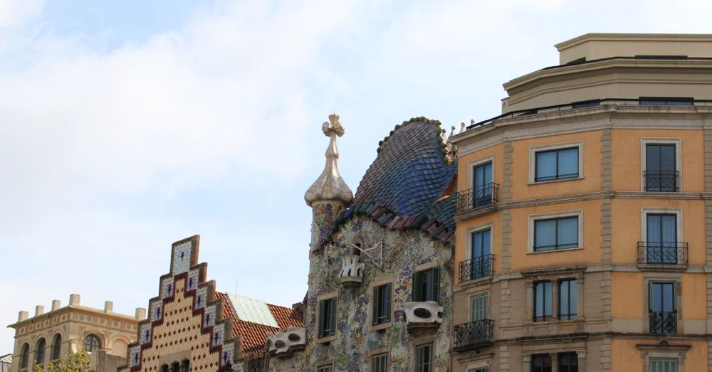 Detail of the roof of Casa Battló.