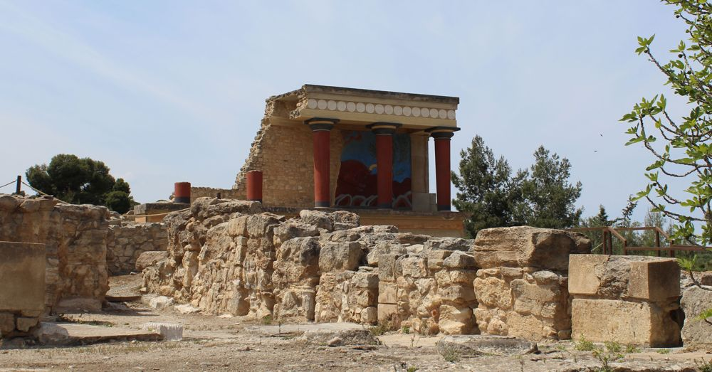 The palace at Knossos: Bull reconstruction.