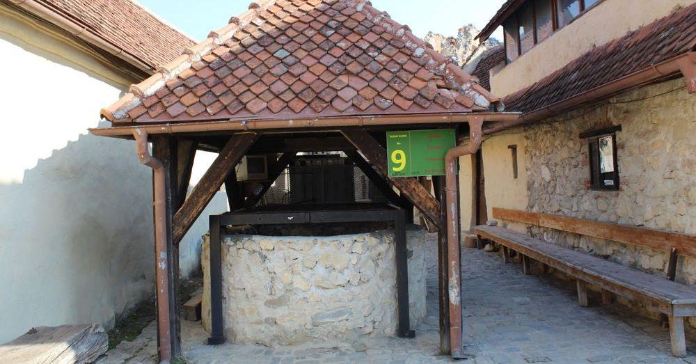 Rasnov Citadel Well