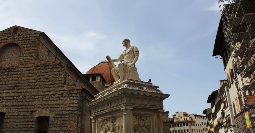 Statue of Giovanni delle Bande Nere (a Medici) outside the Basilica di San Lorenzo.