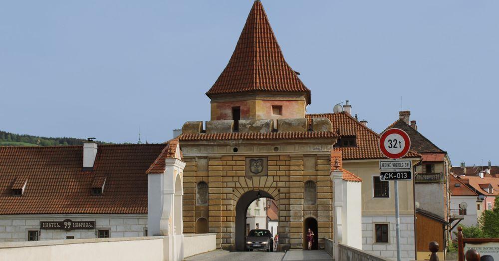 The gate into Český Krumlov.