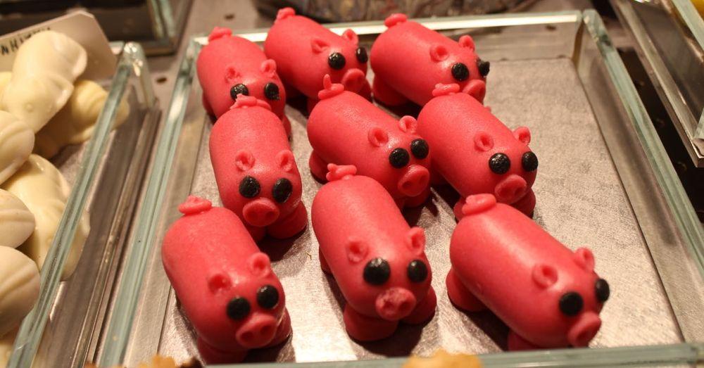 La Boqueria: Mazapan Pigs!