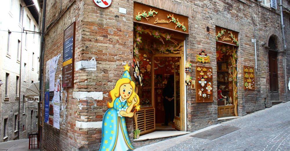 Bartolucci Store, Urbino