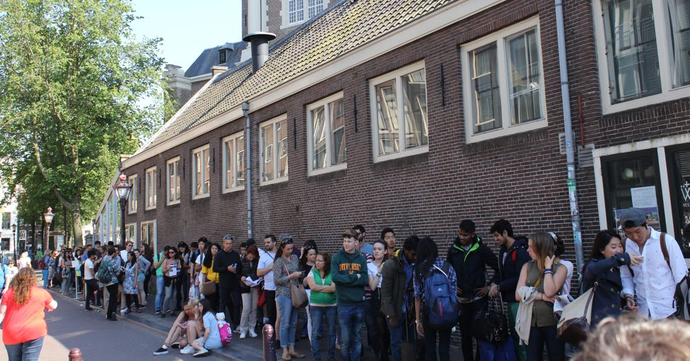 The world-famous queue at the world-famous Anne Frank House.