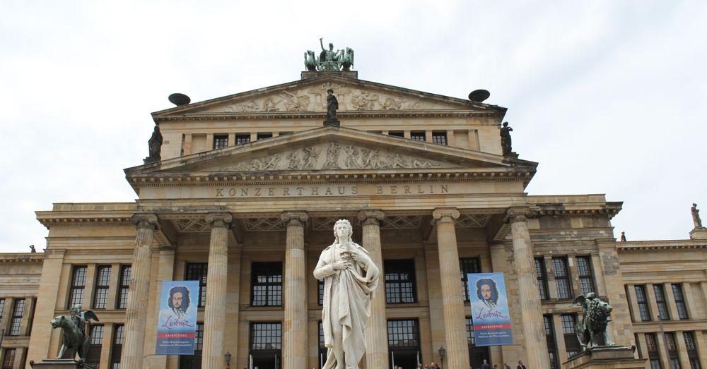 Konzerthaus with Schiller Monument