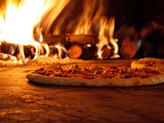 wood-fire-baked-pizza.jpg