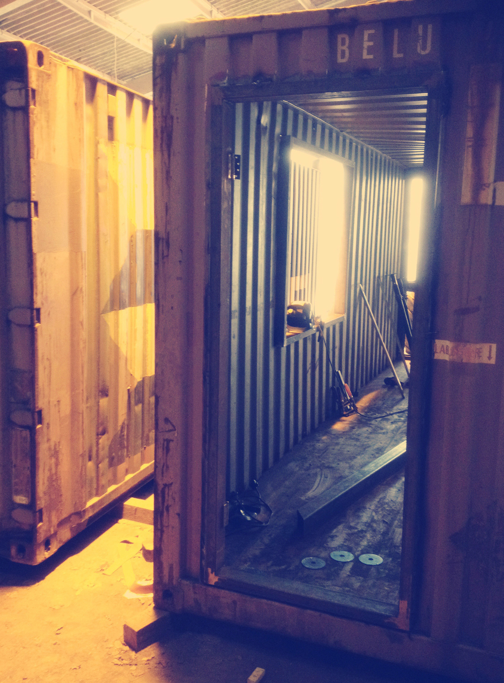 Shippingcrate1.jpg