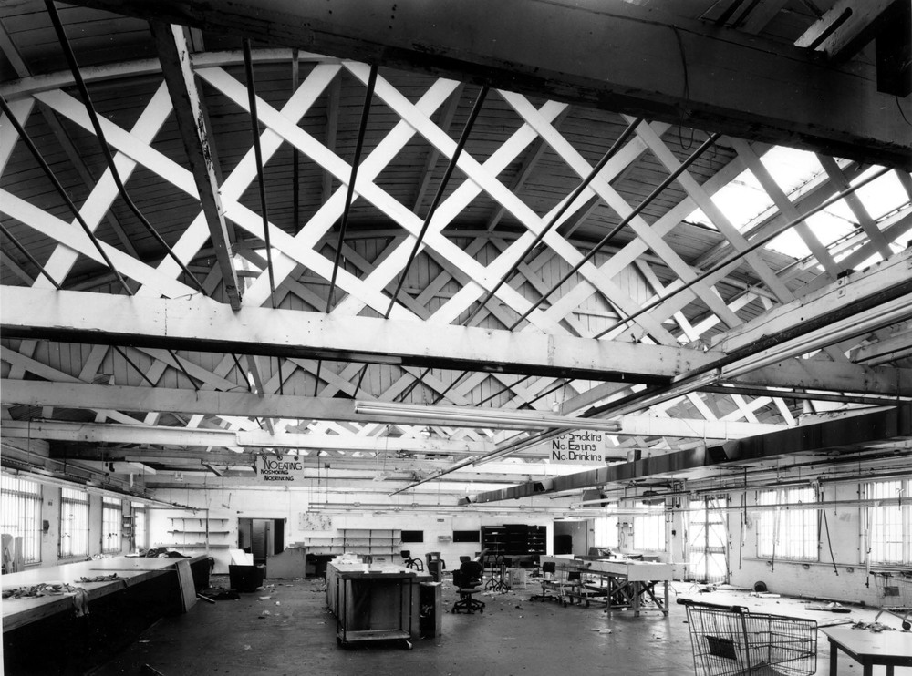 Not sure when this was taken but it shows off very nicely the impressive trusses in the ceiling that Richard points out.