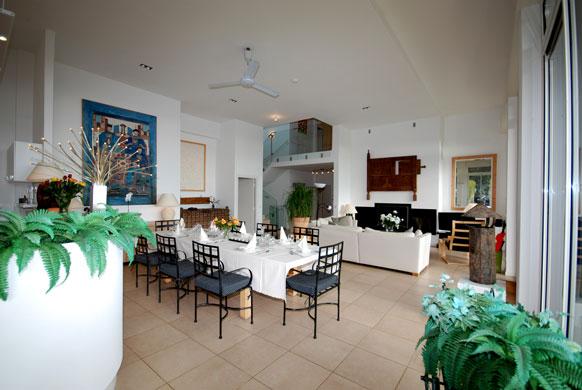 MAS-2-dining-lounge.jpg