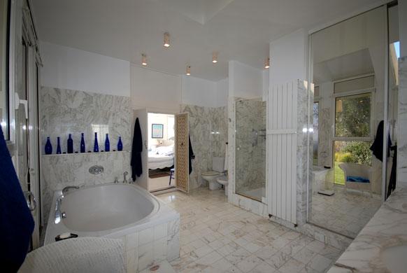 MAS-1-masterbathroom.jpg