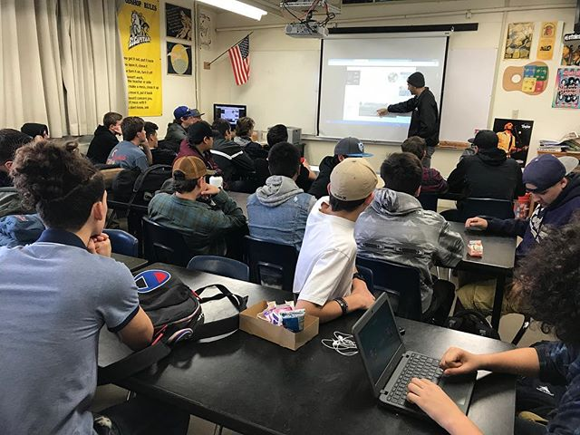 @kantenrussell from @newlineskateparks sharing his passion for designing and constructing Skateparks to @echsvaqueros Building & Construction CTE classes!  #CoolConstructionCareers #Concrete #AggregatesinAction #concretephenom