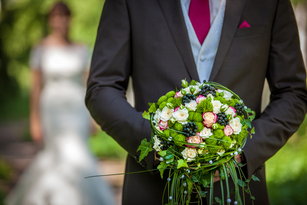 christian de zottis wedding bouquet