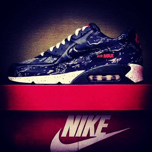 FOR SALE: @NIKE X ATMOS AIR MAX 90 'TIGER CAMO'  UK7, 7.5, 8 and 8.5 available £200 plus shipping (we ship worldwide)  HIT US UP IF INTERESTED  CHECK OUT THE REST OF OUR KICKS FOR SALE AT HAWKANDHUNTER.COM  #nikeatmos #nikeatmostigercamo #nike #nikeair #nikeairmax #nikeairmax90 #max90 #am90 #sneaker #sneakers #trainer #trainers #kick #kicks #kicksoftheday #instakicks #kicksonfire #flightclub #crepecity #sneakernews #klekt #sneakermarketplace #atmos  #modernnotoriety #thedropdate #hawkandhunter