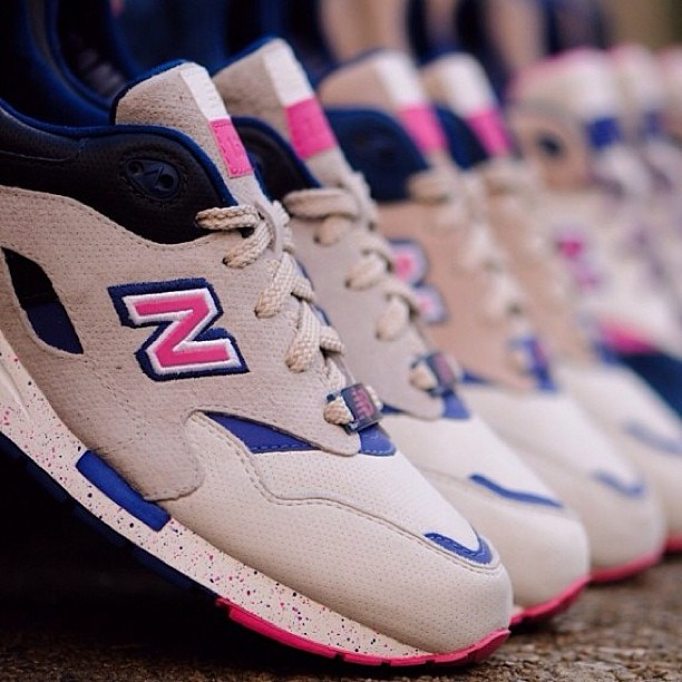 The @ronniefieg New Balance 'Daytona' 1600 will be hitting HAWKANDHUNTER.com this week, what do you think to the samples? #newbalance #newbalanceronniefieg #ronniefieg #newbalance1600 #sneakers #sneaker #kicks #kicks4sale #kicksonfire #kicksforsale #kicksoftheday #crepecity #crepecheck #crepcheck #igsneakercommunity #ignewbalancecommunity #sneakernews #modernnotoriety #crookedtongues #hawkandhunter #hanon #etcstore #flightclub #kith #sample #samples