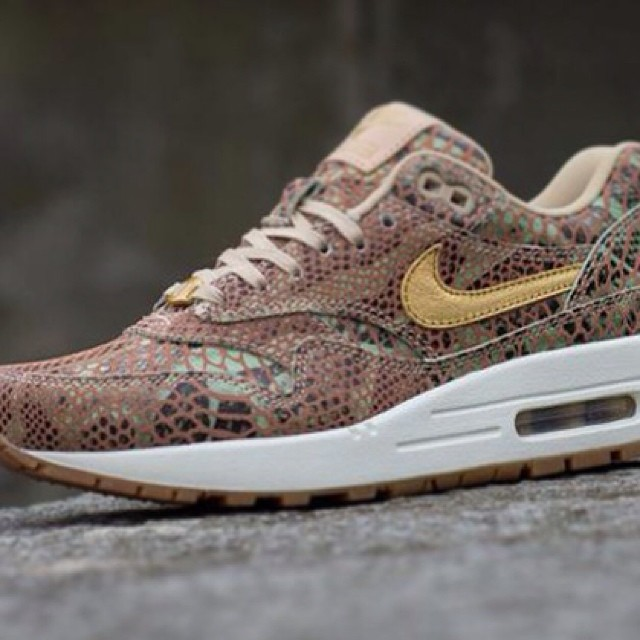 FOR SALE: @Nike Air Max 1 'Year of the Snake' available now at HAWKANDHUNTER.com  #nike #nikeair #nikeairmax #nikeairmax1 #nikeam1 #am1 #max1 #yots #max1snake #sneaks #sneaker #sneakers #sneakerhead #sneakeryeti #hanon #flightclub #airmaxalways #thedropdate #ignikecommunity #igsneakercommunity #sneakermarketplace #wellgosh #prmstore #crepecity #crepcheck #crepecheck #instakicks #kicksoftheday #kicksonfire #modernnotoriety