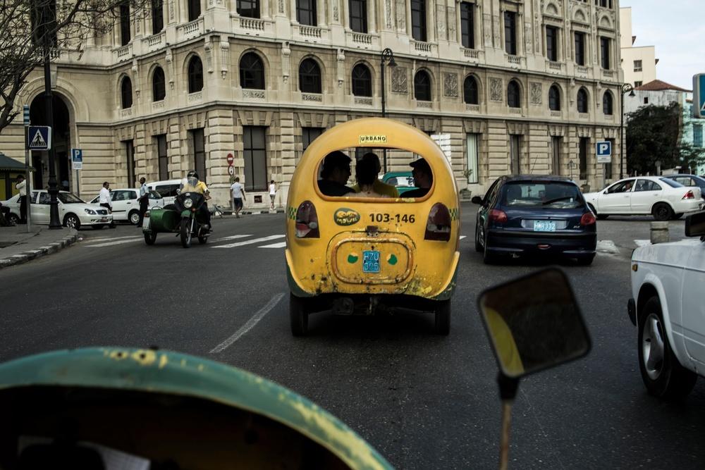 rickshawCuba