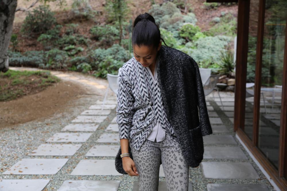 i9sabel-marant-coat-n-hoolywood-cardigan-grey-pattern-leopard-jeans-alexander-wang-boots-los-angeles.jpg