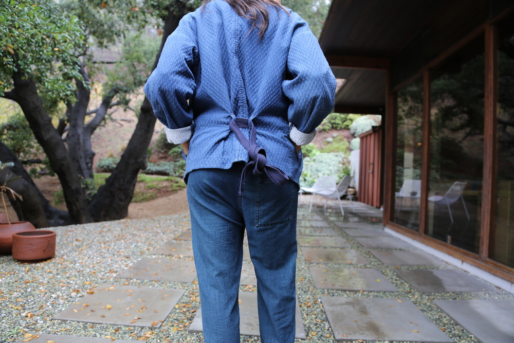 isabel-marant-robe-coat-kimono-jumpsuit-denim-nike-dunks-red-sneakers-mike-chris-leather-jacket-black-los-angeles.jpg