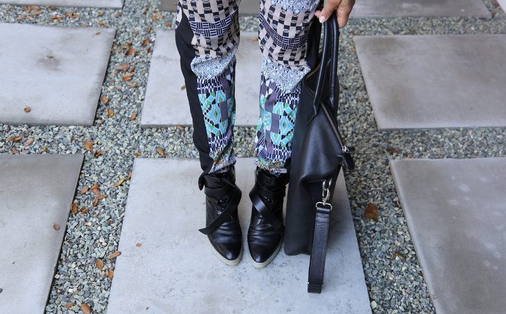 clover-canyon-print-pants-alexander-wang-black-boots-los-angeles.jpg