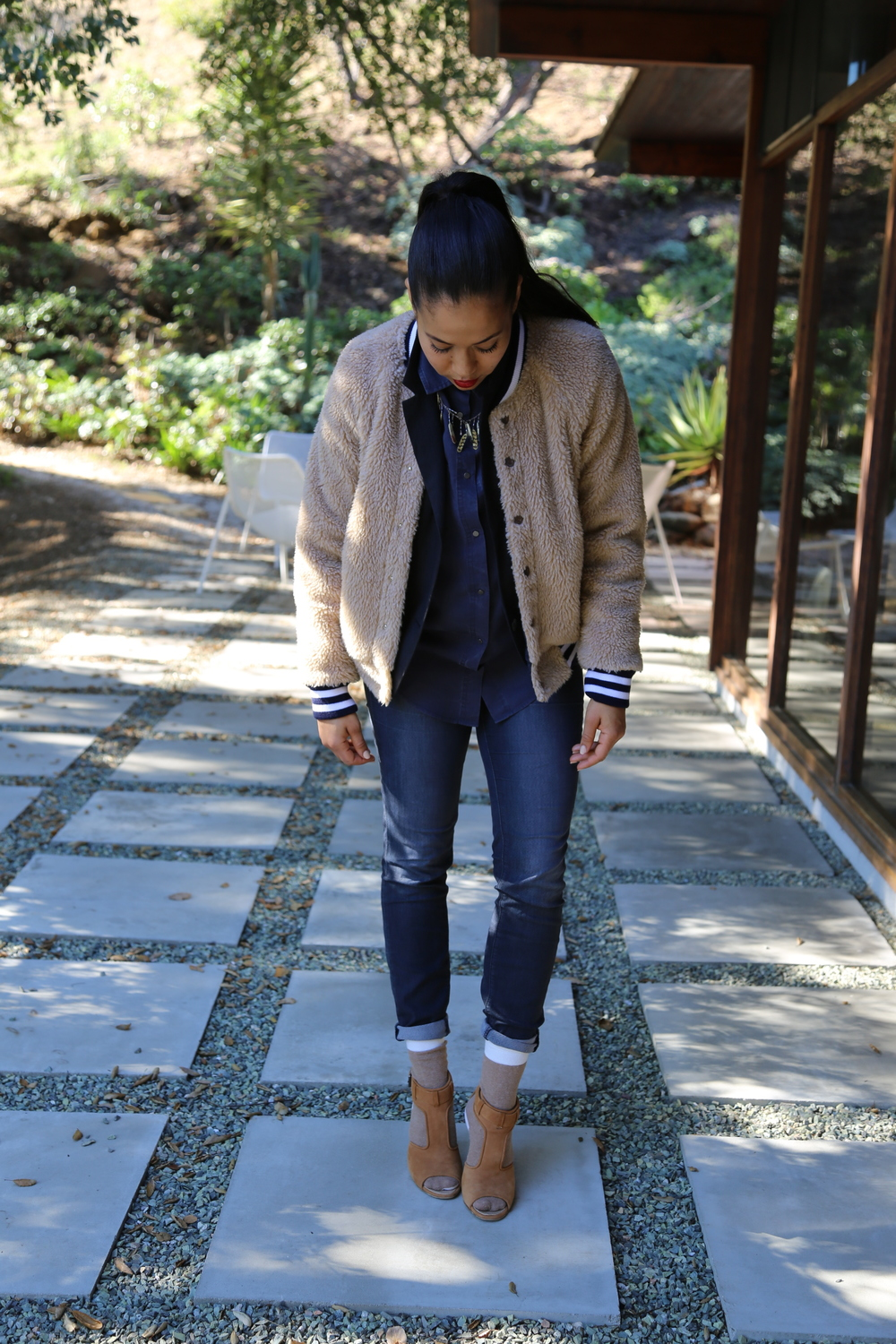 mother-fur-jacket-bomber-j-brand-jeans-proenz-schouler-jeans-skinny-socks-isabel-marant-blazer-feather-necklace-camel-neutral-los-angeles.jpg