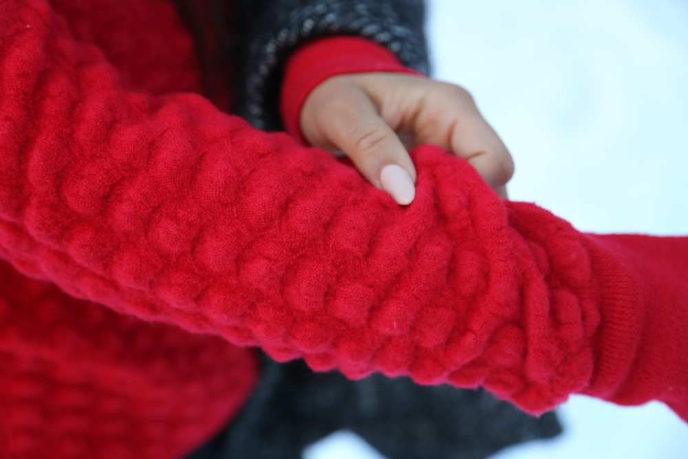 HOLIDAY-RED-SWEATER-WINTER-COLORADO.JPG