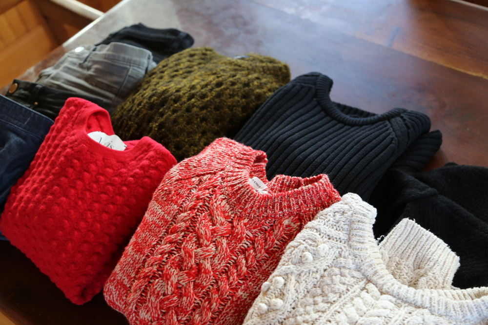 SWEATERS-WINTER-PACKING-MINIMAL-ISABEL-MARANT-ZARA-ALEXANDER-WANG-JEANS.JPG