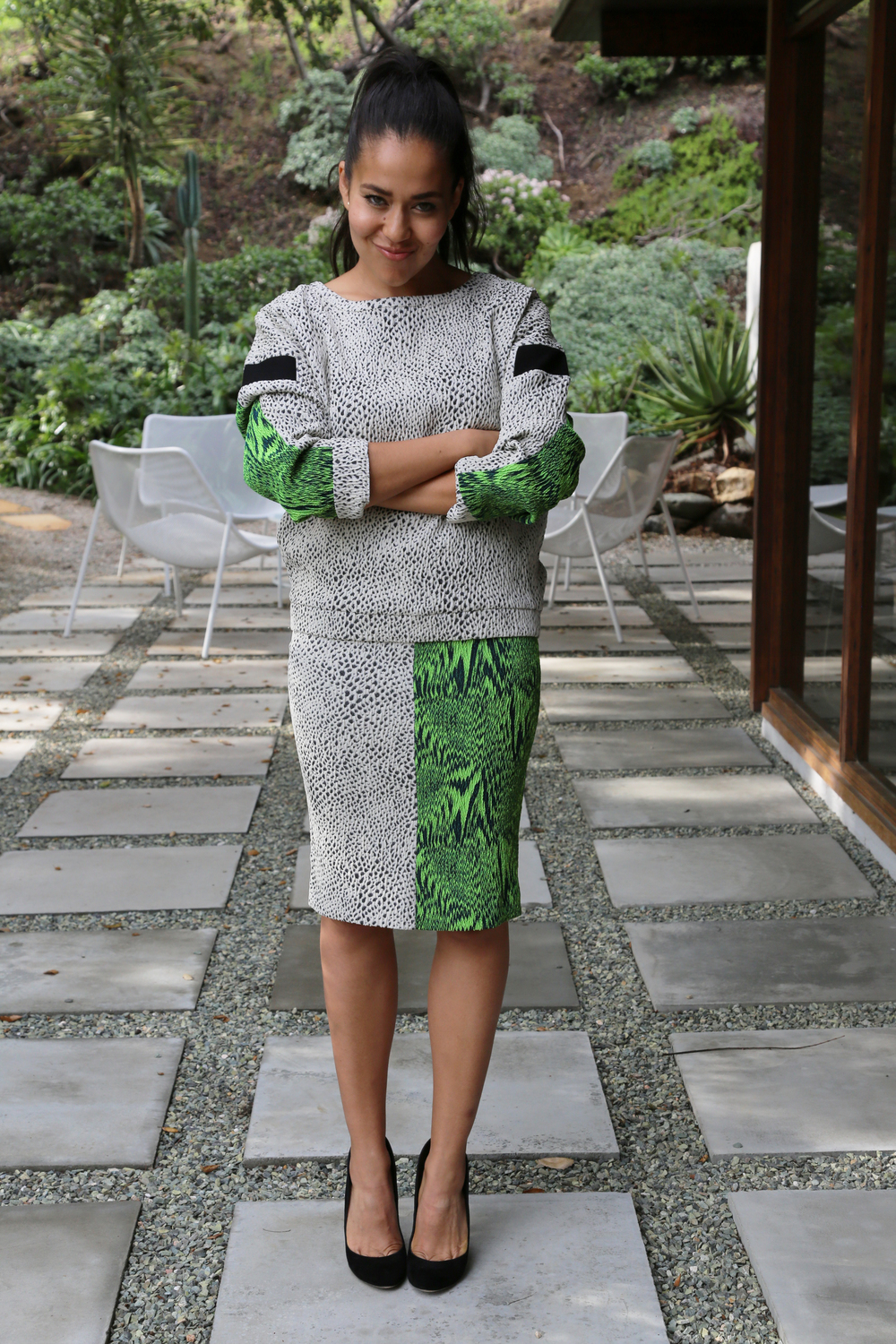 AVELON-PENCIL-SKIRT-BOLD-PRINT-BLACK-GREEN-VANESSA-BELETIC-LOS-ANGELES.JPG.JPG