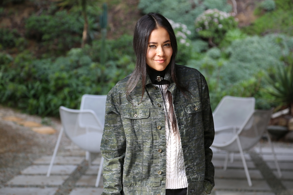 MENSWEAR-VANESSA-BELETIC-RAG-AND-BONE-MATCHING-CAMO-ISABEL-MARANT-SWEATER-LOS-ANGELES.JPG
