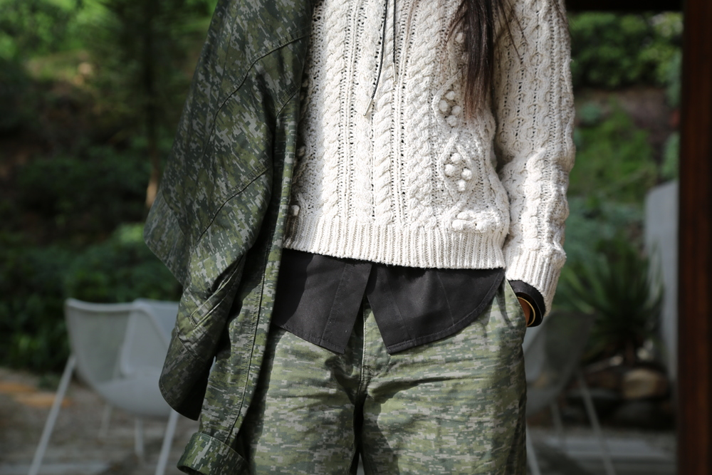 MENSWEAR-VANESSA-BELETIC-RAG-AND-BONE-CAMO-SHORTS-ISABEL-MARANT-SWEATER-LOS-ANGELES.JPG