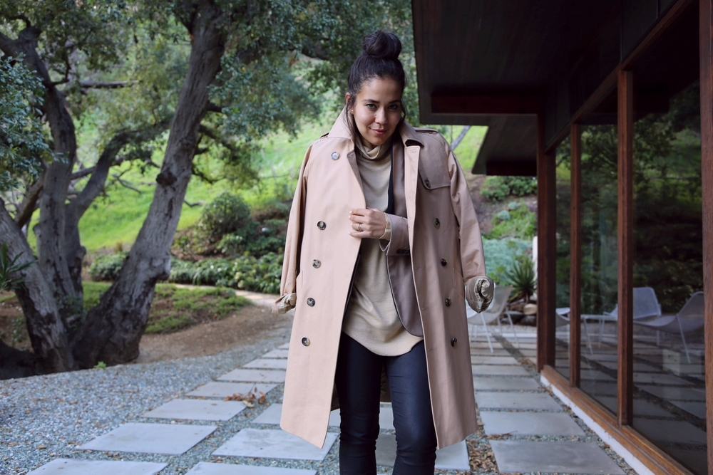 VANESSA-BELETIC-TAN-BLACK-APC-TRENCH-MARY-PING-TURTLE-NECK-ZARA-BLAZER-LOS-ANGELES.JPG