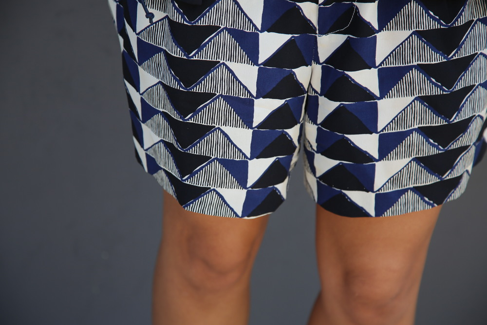 VANESSA-BELETIC-PRINTED-SHORTS-NAVY-LOS-ANGELES.JPG