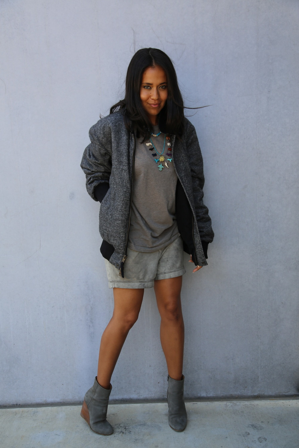 VANESSA-BELETIC-GREY-STREET-STYLE-FETISH-NECKLACE-LOS-ANGELES.JPG