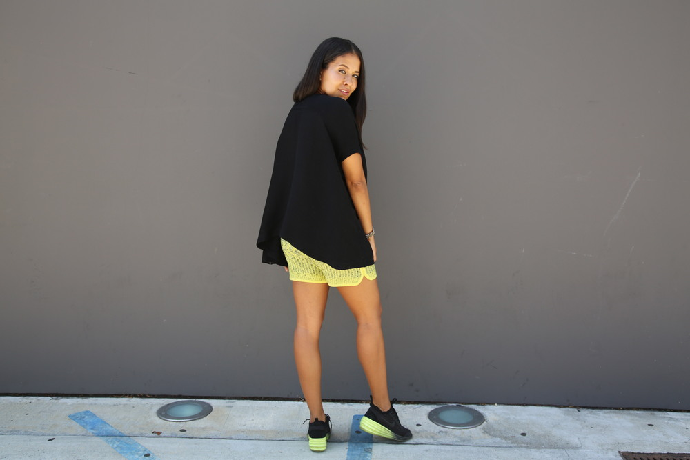 VANESSA-BELETIC-STREET-STYLE-NEON-ACCENTS-LOS-ANGELES.JPG