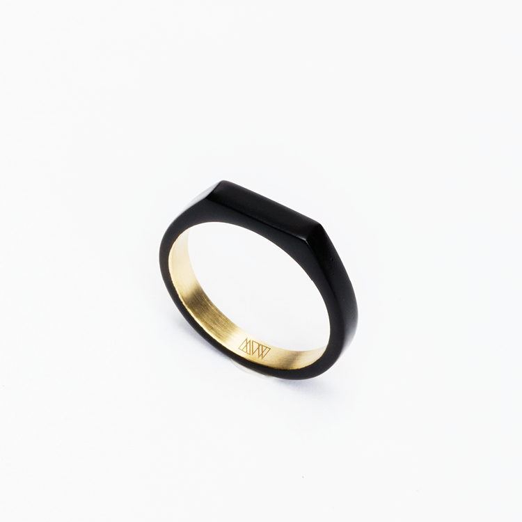 ming-yu-wang-jewelry-theorem-matte-black-powder-coating-brass-ring-shop-00001030.jpg