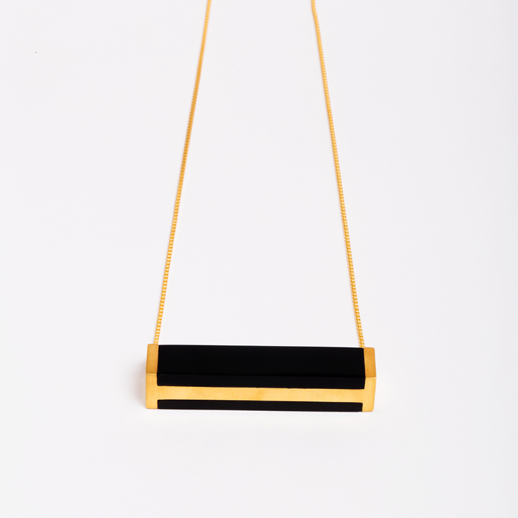 ming-yu-wang-jewelry-monolith-18k-gold-plated-brass-onyx-pendant-necklace-shop-000010107.jpg