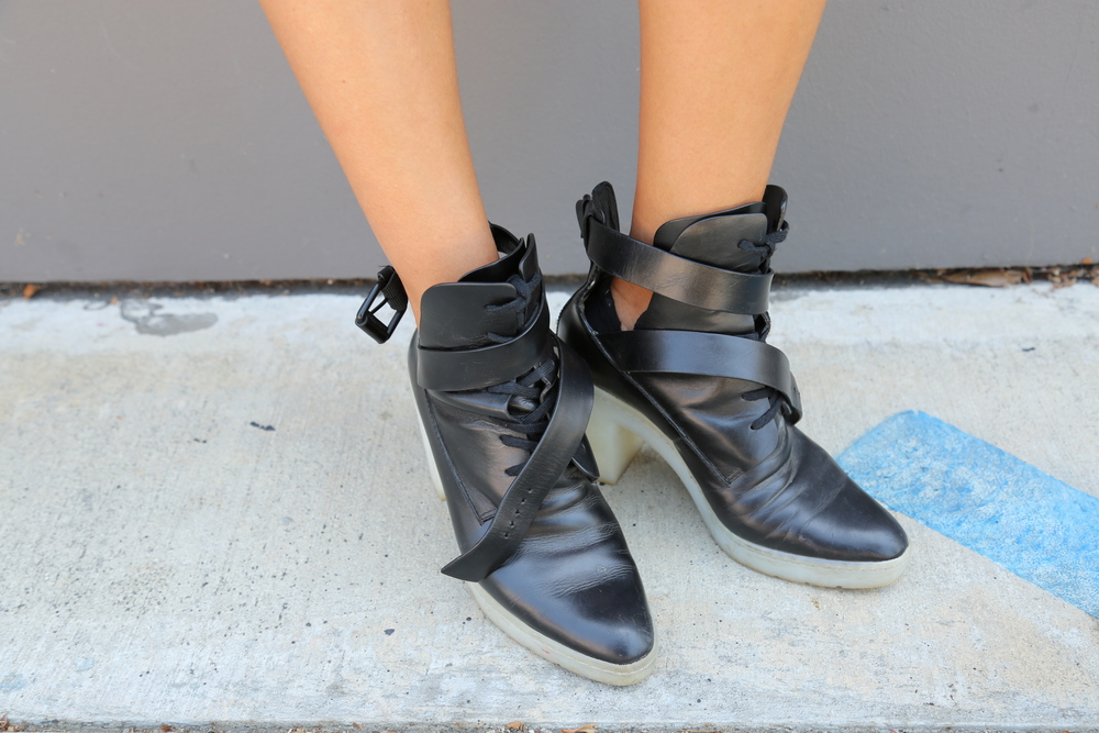 VANESSA-BELETIC-STYLE-ALEXANDER-WANG-BOOTS-LOS-ANGLES.COM