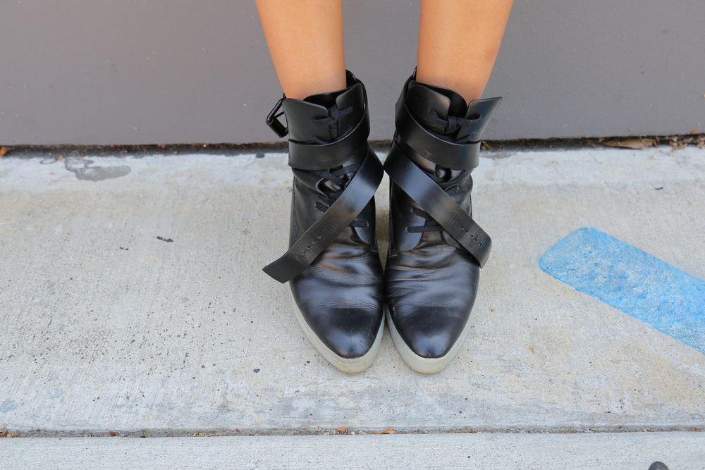 VANESSA-BELETIC-ALEXANDER-WANG-BOOTS-MIX-LOS-ANGLES.COM