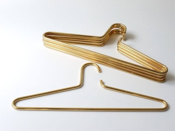 VANESSA-BELETIC-COOLEST-EVERYTHING-BRASS-HANGER.JPG