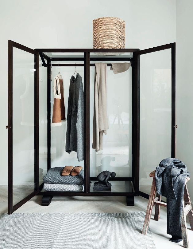 VANESSA-BELETIC-COOLEST-GLASS-CLOSET.JPG