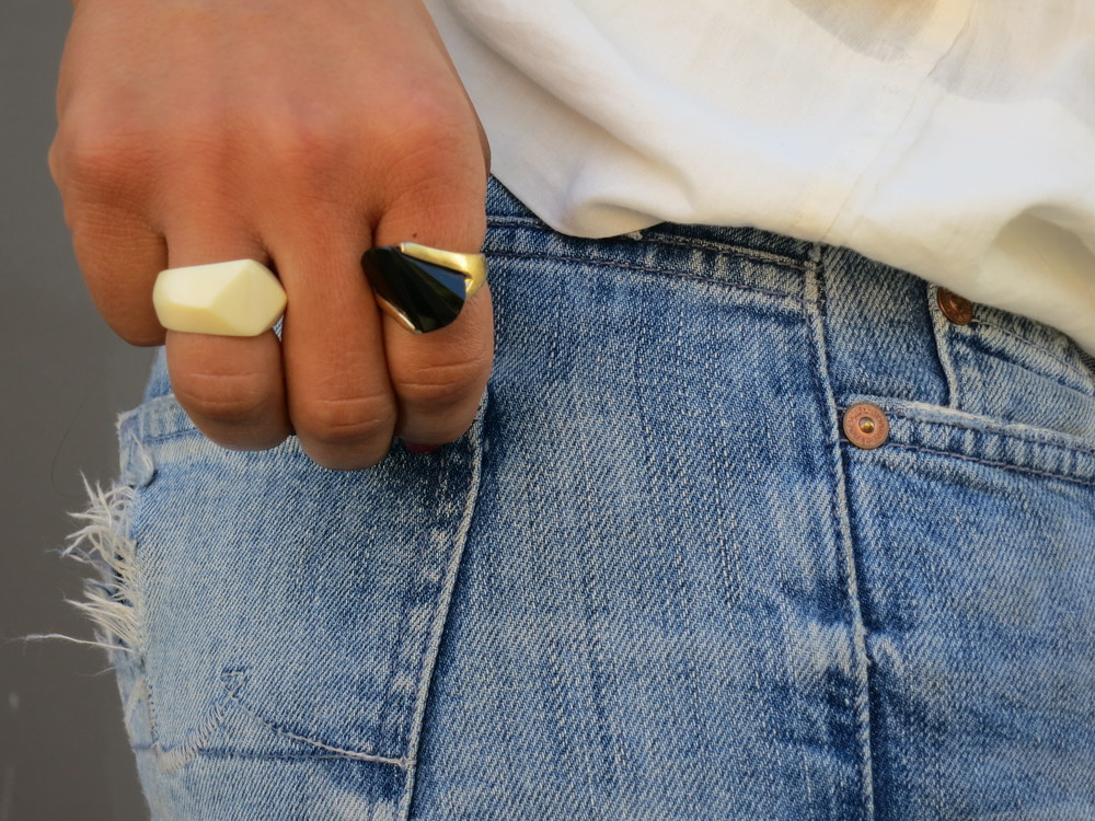 VANESSA-BELETIC-STYLE-CHUNKY-RINGS-LOS-ANGELES.JPG