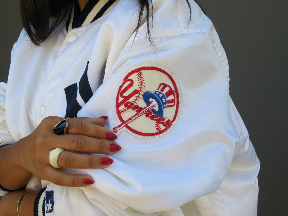 VANESSA-BELETIC-STYLE-YANKEES-LOS-ANGELES.JPG