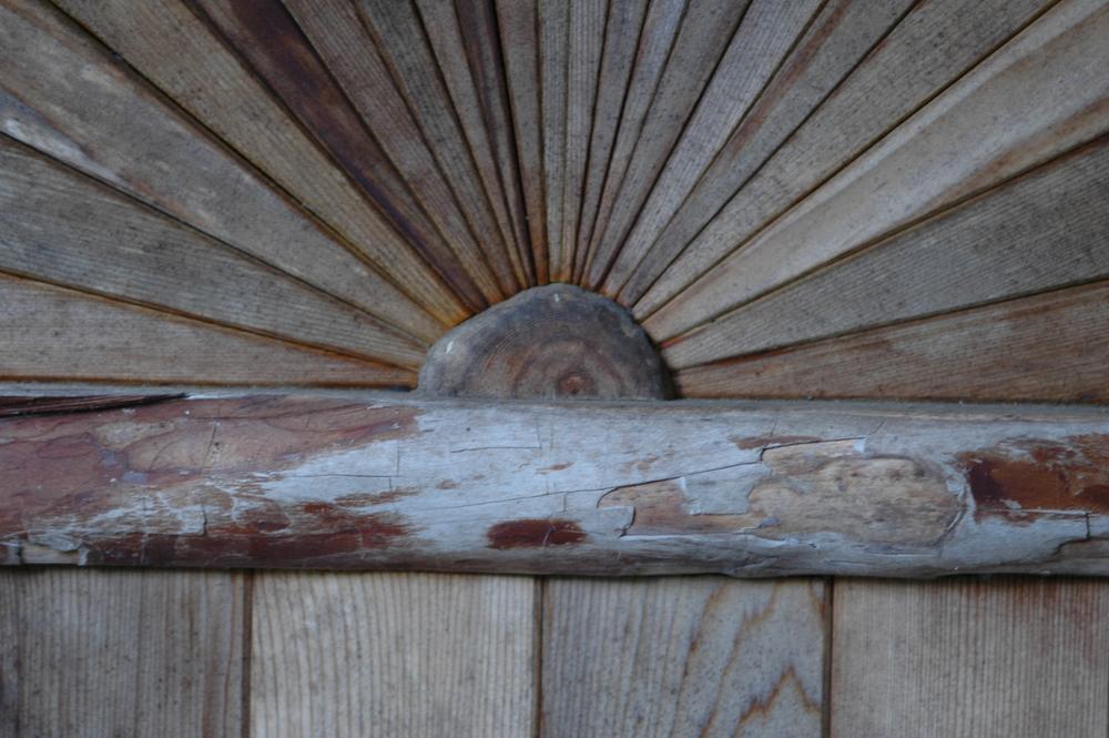 Sauna+door+detail.JPG