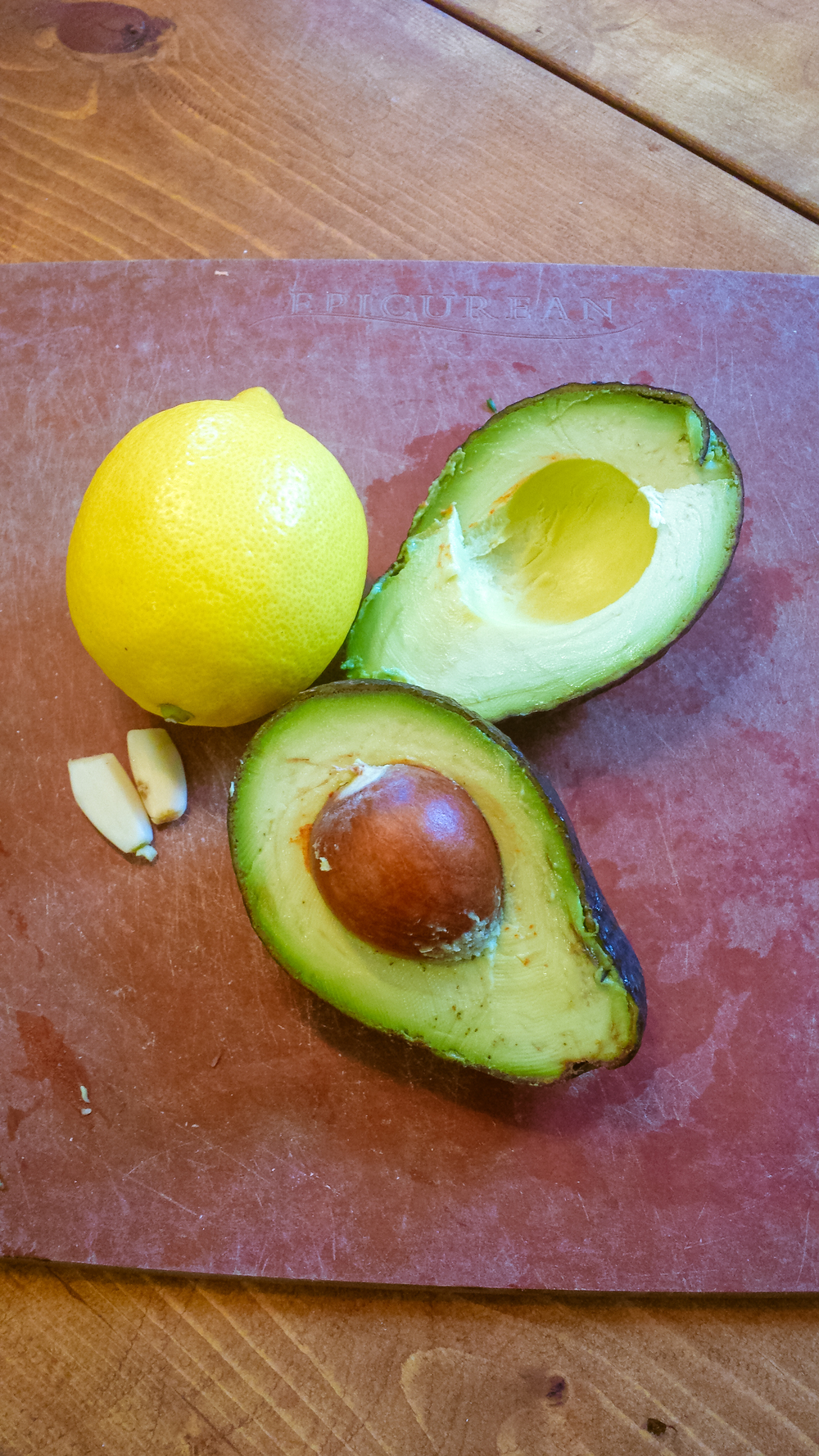 Ingredients for easy avocado spread