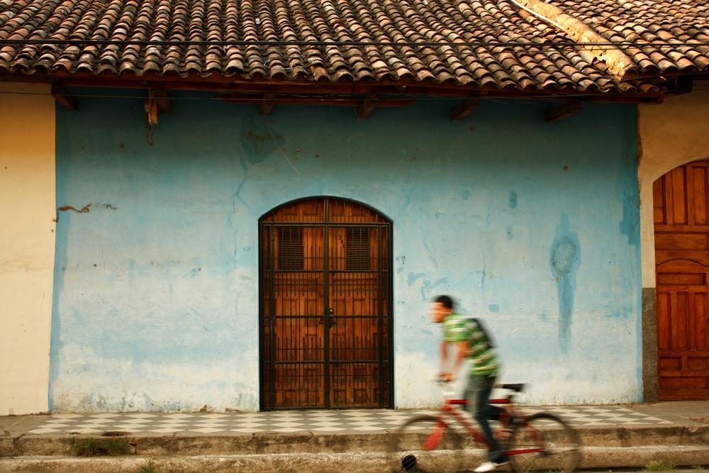 Granada, Nicaragua ( via )
